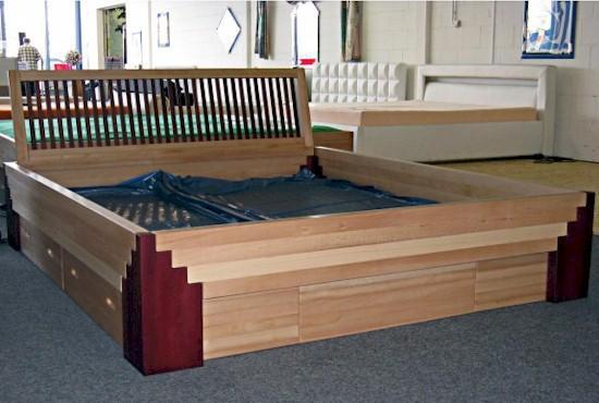 kloc wasserbetten rahmen bettgestell. Black Bedroom Furniture Sets. Home Design Ideas